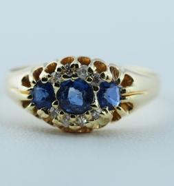 18ct Antique Ring