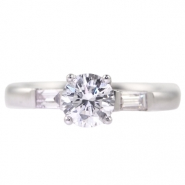 18ct GIA Diamond Ring