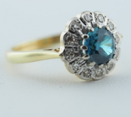 18ct Natural Blue Zircon & Diamond