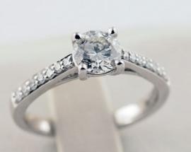 18ct White Gold .95ct Diamond Ring