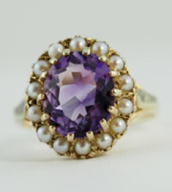 9ct Amethyst & Pearl Ring
