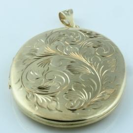 9ct Gold Oval Locket