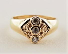 Rim Set 9ct Gold Ring